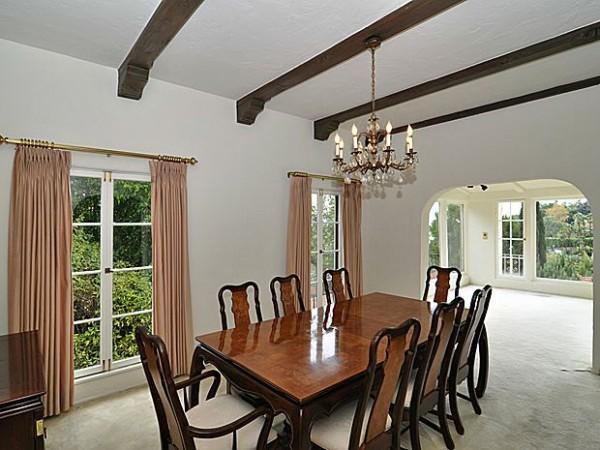 Wild Oak diningroom_700