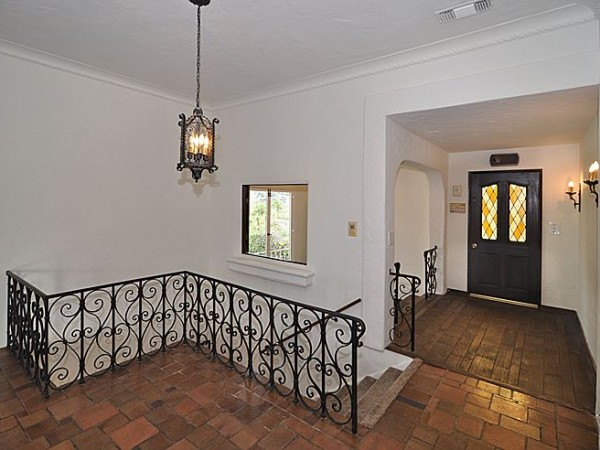 Wild Oak foyer_700
