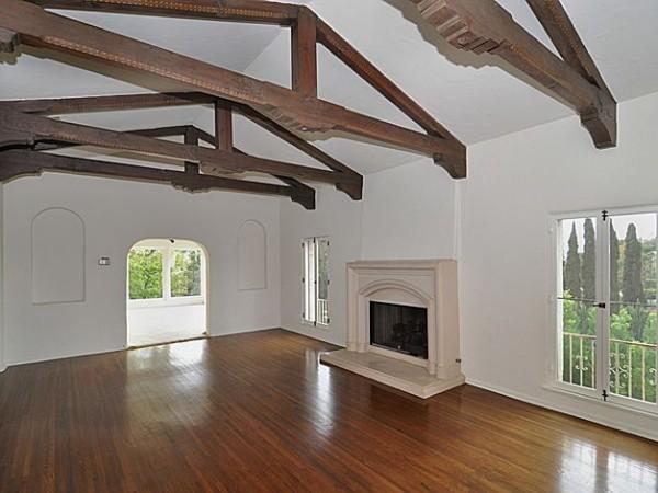Wild Oak livingroom2_700
